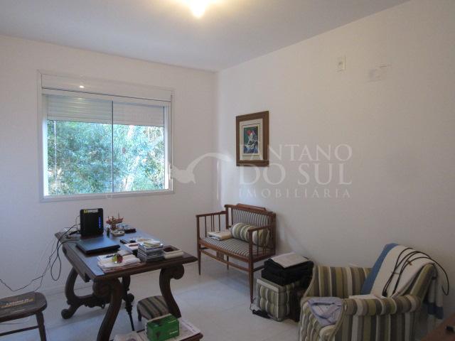3 Bedrooms Bedrooms, ,2 BathroomsBathrooms,Casa,Venda,1287
