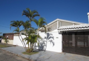 2 Bedrooms Bedrooms, ,1 BathroomBathrooms,Casa,Venda,1345