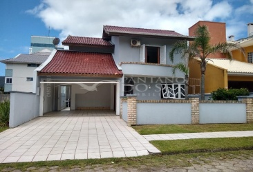 4 Bedrooms Bedrooms, ,3 BathroomsBathrooms,Casa,Venda,1401